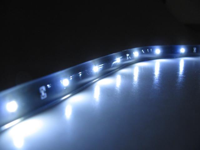 Slimmad LED slinga med 0603 SMD, 32 lm/m