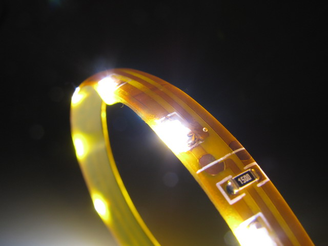 Slimmad sido LED slinga med 335 SMD, 160 lm/m