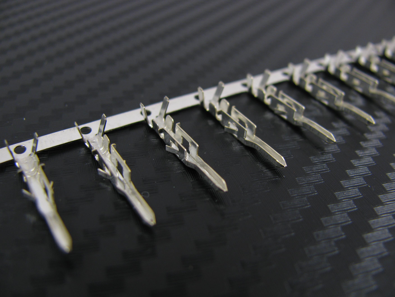 Stift för moderkort ATX, PSU & PCI-express kontakter - Stylingwebben