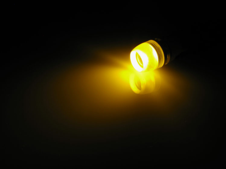 T10 W5W LED lampa med 1x högeffekts LED med lins för 12 V
