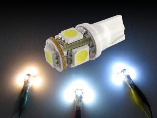 W5W T10 LED lampa med 5x 5050 SMD för 12 V & 24 V